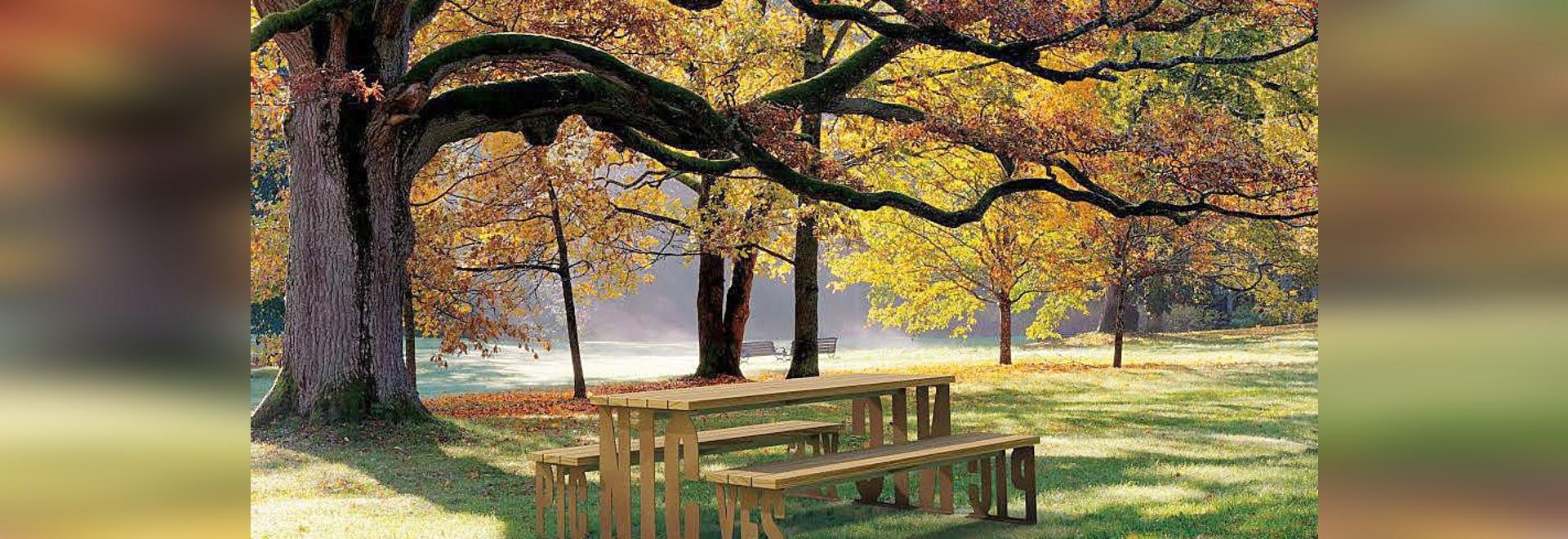 Pic Nic benches table : Design Alfredo Tasca, Marco De Luca