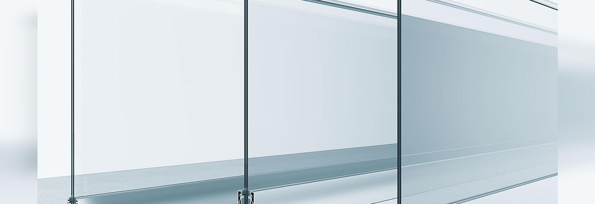 Railing system for cantilevered glass balustrades