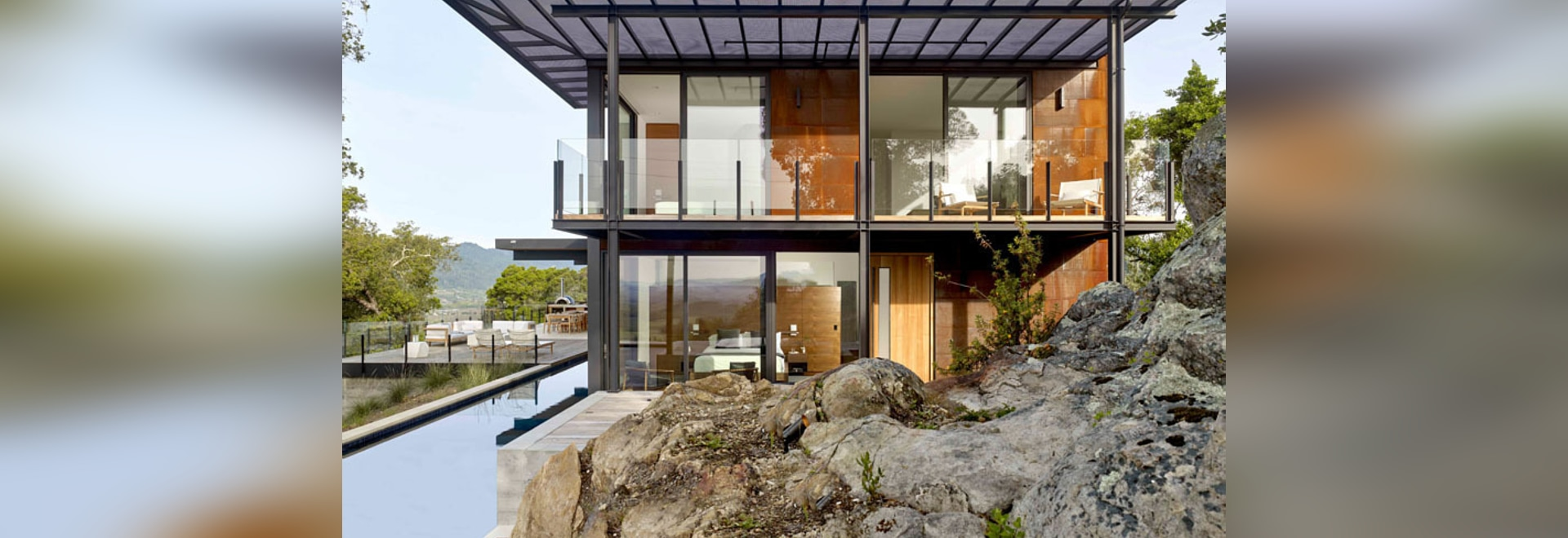 The RidgeView House by Zack | de Vito Architecture + Construction