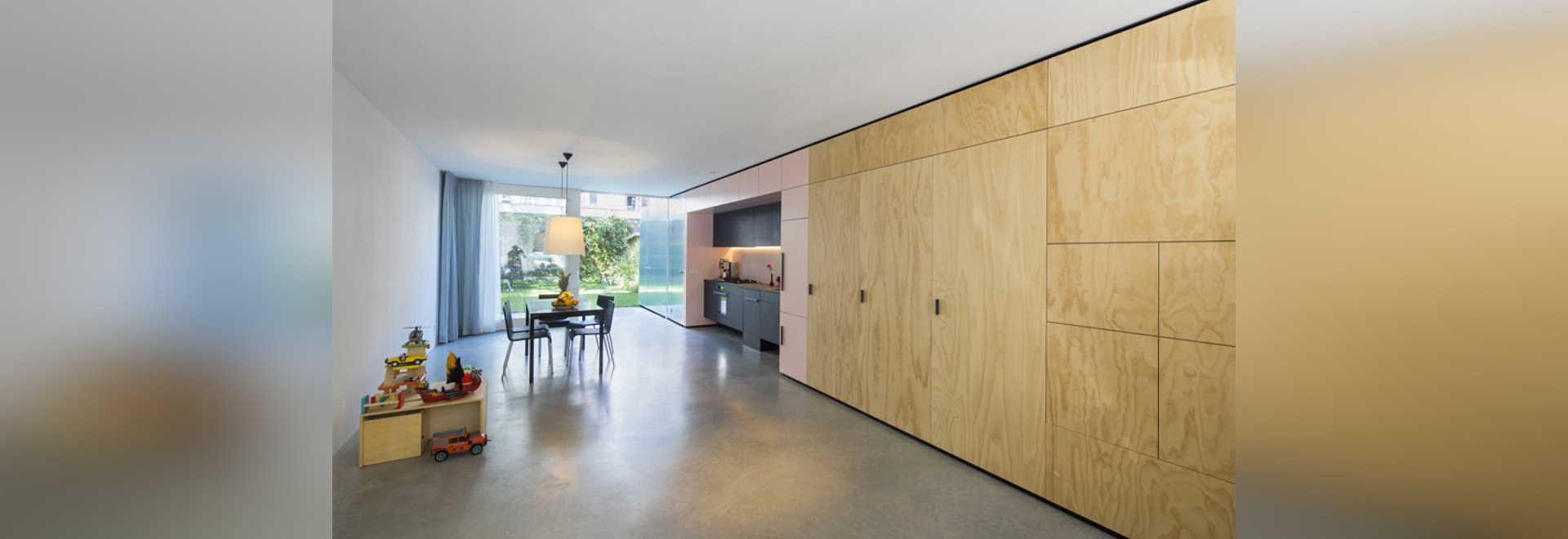 Shift replaces wall for cabinet in historical amsterdam house