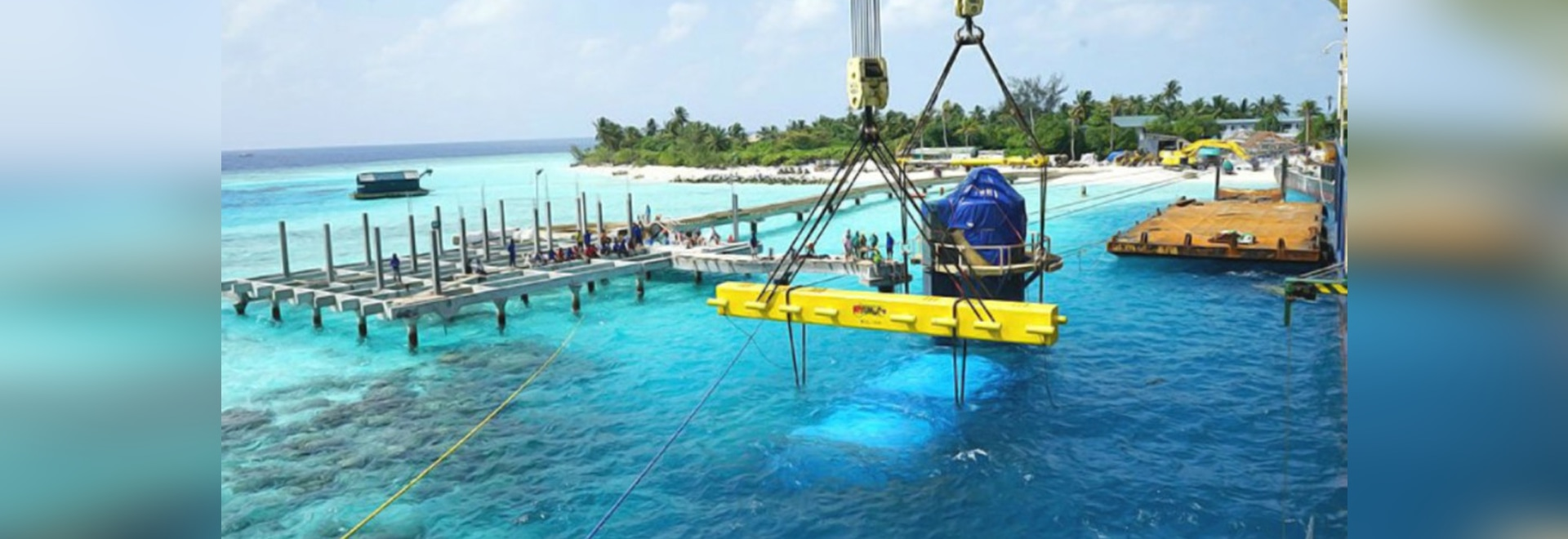 worlds largest underwater restaurant installed in the maldives - Underwater World Restaurant