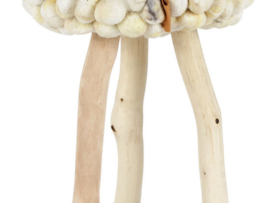 WOOL STOOLS BY 0304
