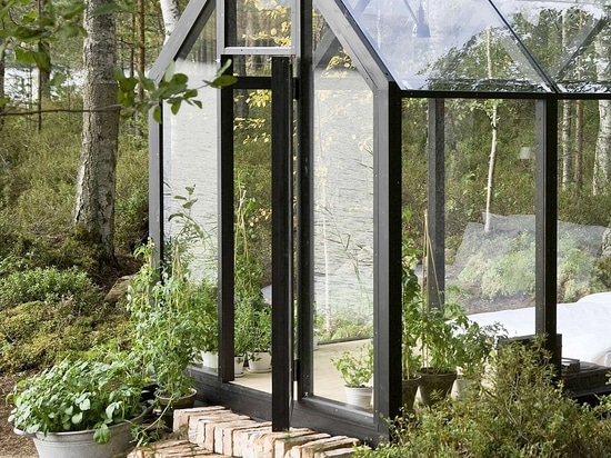 Modular Greenhouse Storage Shed Combination Brings Nature A Step
