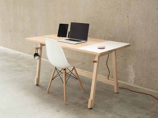 Desk 01 by Artifox