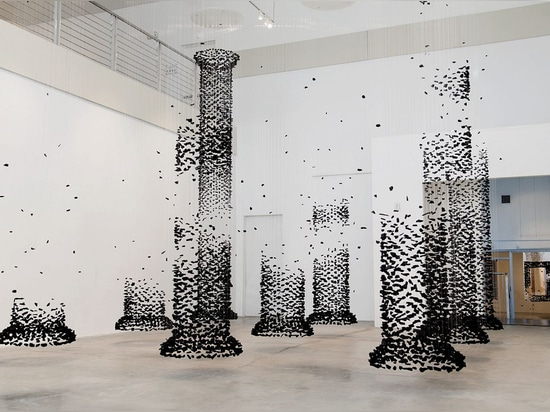 SEON GHI BAHK'S FICTION OF THE FABRICATED IMAGE