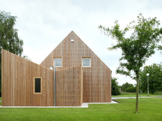 House AND by adn Architectures