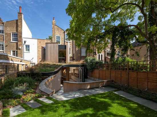 De Beauvoir Road by Scott Architects
