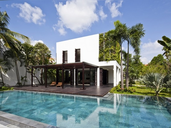 A renovation in Ho Chi Minh by MM++ Architects