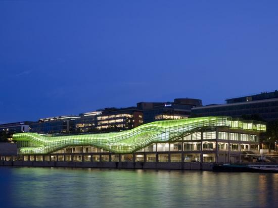 Docks – City of Fashion and Design by Jakob + MacFarlane, Paris (France), 2008, Image © Nicolas Borel
