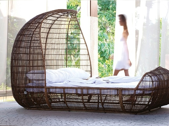 Voyage Bed