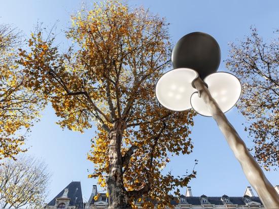 Mathieu Lehanneur designs solar-powered Clover street furniture for Paris
