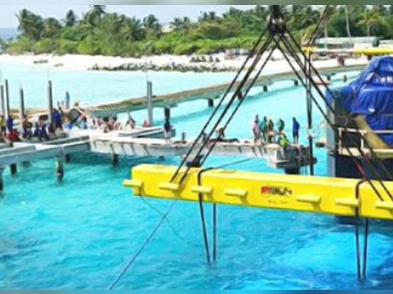 The restaurant being installed offshore.