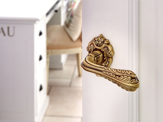 MESTRE presents a new exclusive door hardware collection for the most demanding customers