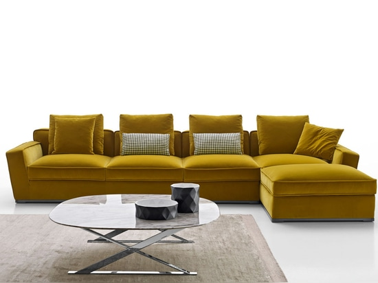 NEW: modular sofa by MAXALTO