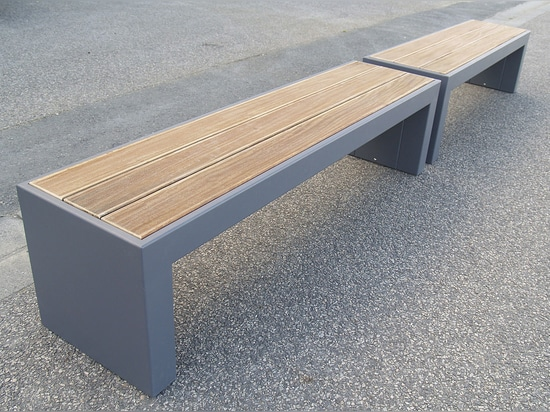 STEELAB - Custom bench in steel sheet & wood