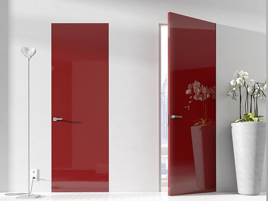 ESSENTIAL SWINGING DOORS