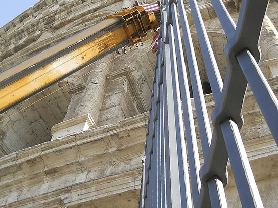 Colosseum Restoration: first 5 gates installed