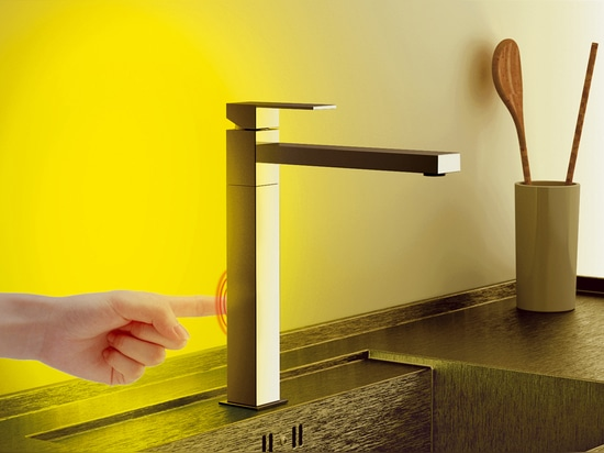 SKYLINE AMBIENT: Single-lever Sink mixer with led device
