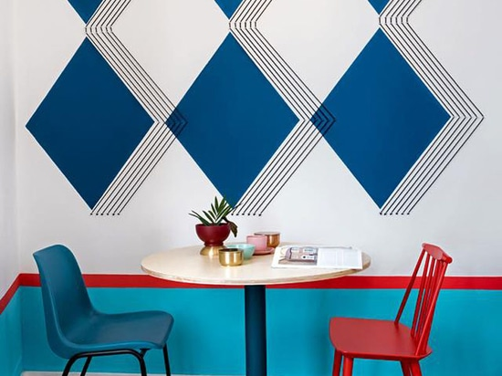 Wall Decor Inspiration Bold Graphics Cover The Walls Of This Simple Wall Decor Design Graphics