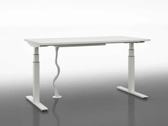 Single height-adjustable desk with electric motor