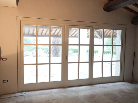 Electrical movable windows