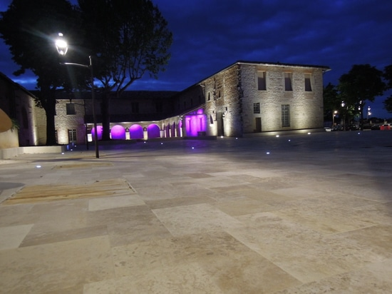 Place des recolets in Caussade (82)