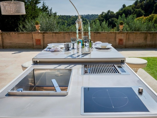 Luxury Outdoor Kitchen by Samuele Mazza