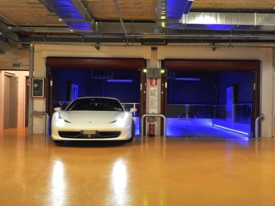 Electric driven car lift