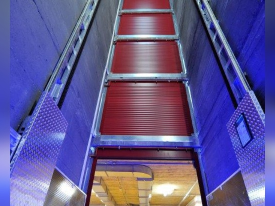 Eletric- driven car lift installed at Number Six, Turin