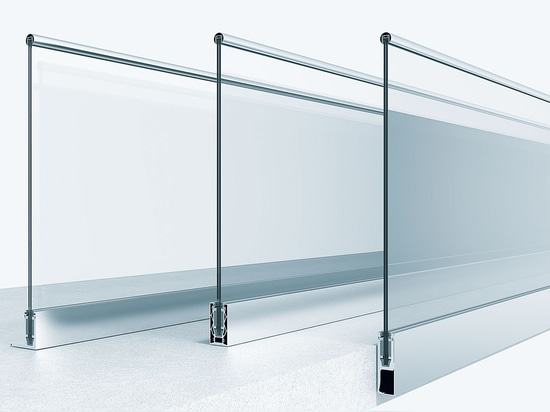Railing system for cantilevered glass balustrades