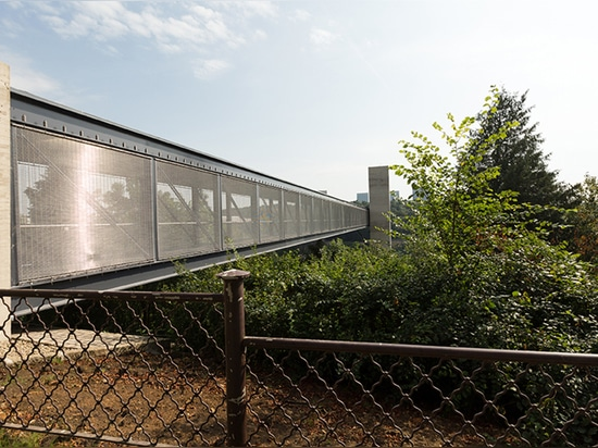 Bridge cladding with HAVER Architectural Mesh