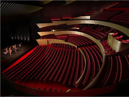 Quinette Gallay equips the Sheikh Jaber Al Ahmad cultural center with 2,285 armchairs