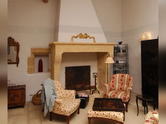 Living-room with chimney