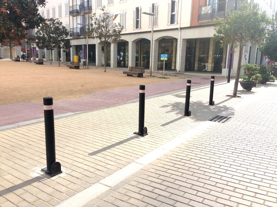 Flexible A-Resist bollards installed