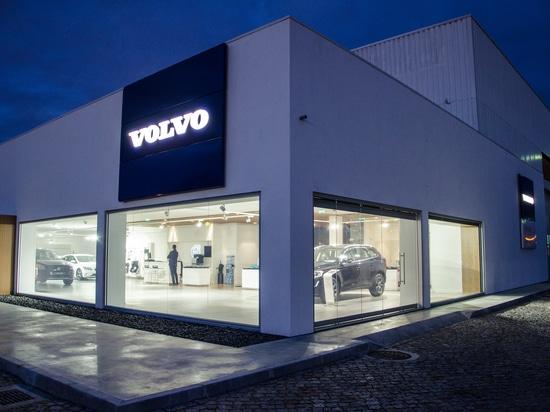 Volvo's Car dealership Project by Brilumen