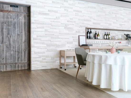 "The mafi ""OAK Character"" decorates a gourmet restaurant in Salzburg, Austria."