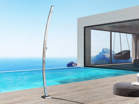 Motivo R - Stainless steel nautical outdoor shower for swimming pool and garden