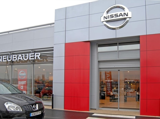 Showroom Nissan – Voyage
