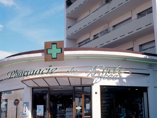 Pharmacie du Lycée – No Name
