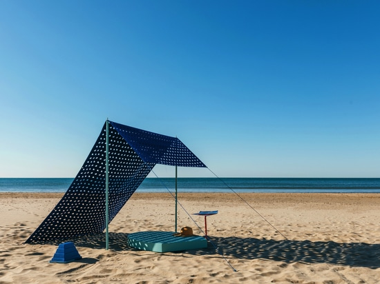 "DICKSON® SELECTED FOR 5.5 DESIGN STUDIO EXHIBITION  ""DESIGN ON THE BEACH"""