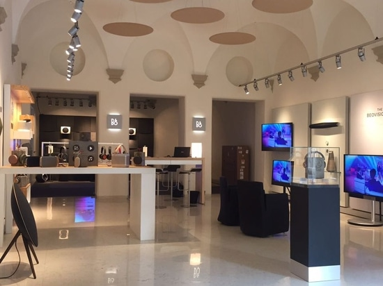 Bang & Olufsen store, Bologna, Italy - Acoustic Treatment by Vicoustic