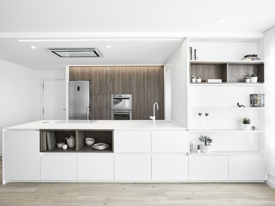 Impressive kitchen created with KRION®, designed by the Aurea Arquitectos studio