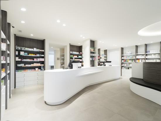KRION® in the Farmacia Rooseleers project by Studio Lijnen & Partners (Paal, Beringen – Belgium)