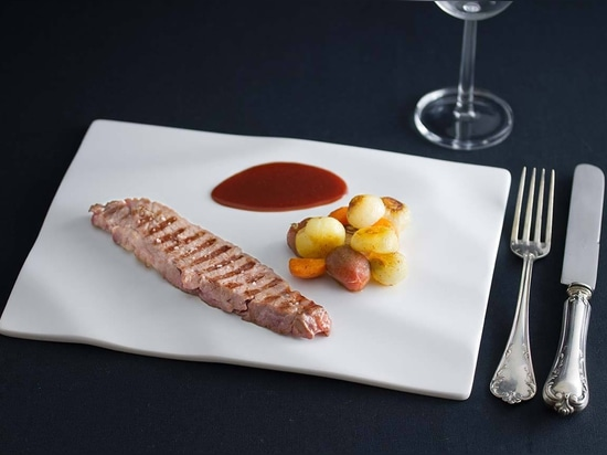 """Platos y Pizarras"" transform KRION into new generation kitchenware for the most demanding chefs"