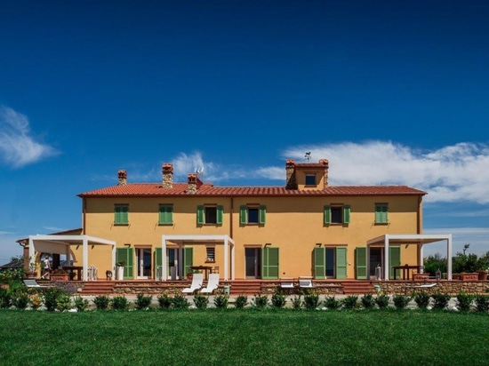 Kedry Prime  turns a country house into a comfortable family home in Maremma, Tuscany.
