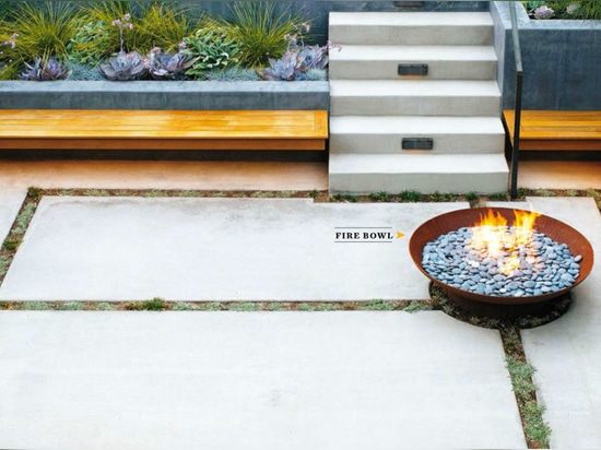 Bol CorTen fire bowl | Project by Beth Mullins | Photography by Caitlin Atkinson for Sunset Magazine
