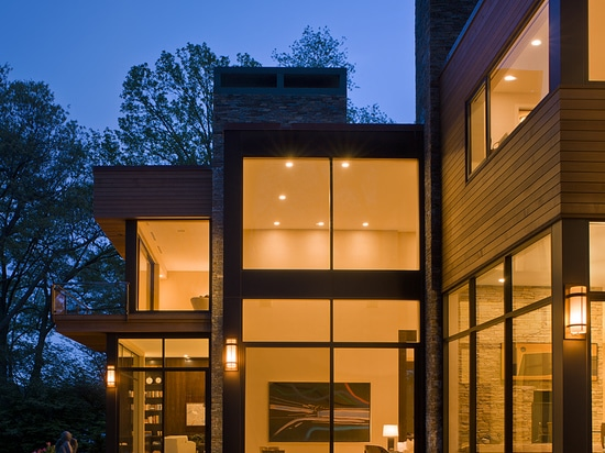 A Secluded Contemporary Connecticut Home Among The Trees