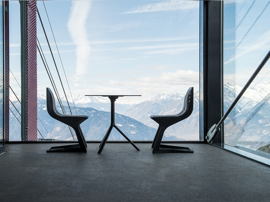 MYTO chair & MIURA table at Meran 2000 Bergbahnen AG