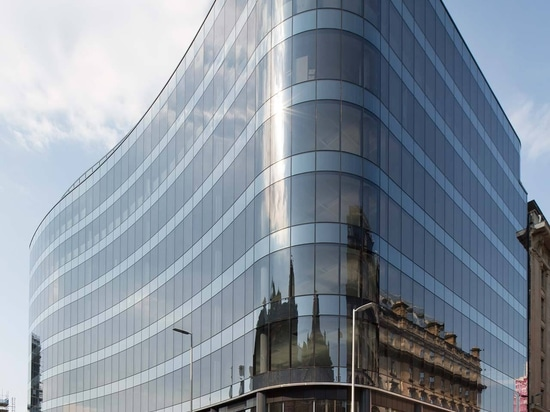 BAM Properties completes the development of 110 Queen Street (Glasgow) with KRION as one of the chosen materials