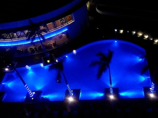 Pool Underwater LED light METOR also in WGB multi color version
